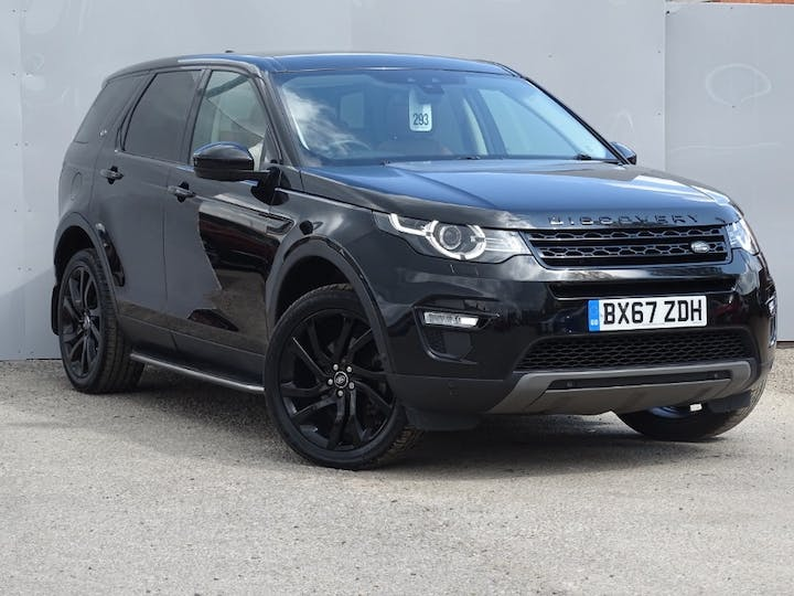 Black Land Rover Discovery Sport Td4 Hse Luxury 2017
