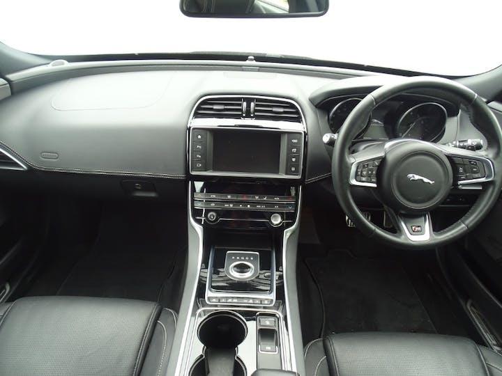 Jaguar Xe S 2016