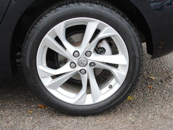 Blue Vauxhall Astra SRi Nav 2018
