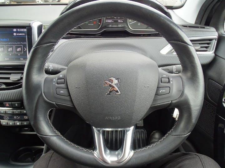 Black Peugeot 208 S/S Tech Edition 2019