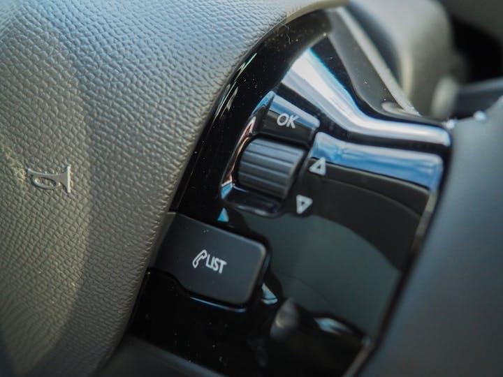 Black Peugeot 308 Puretech S/S Allure 2020