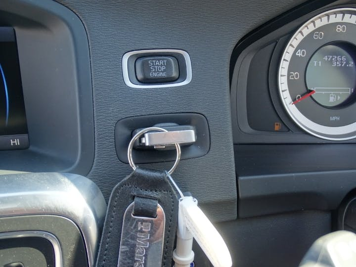 Grey Volvo S60 T6 SE Lux Awd 2011