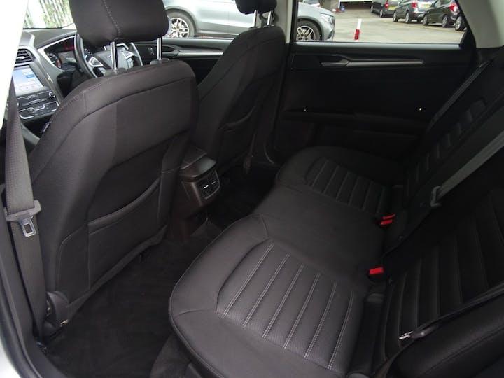 Silver Ford Mondeo Zetec Edition Ecoblue 2019