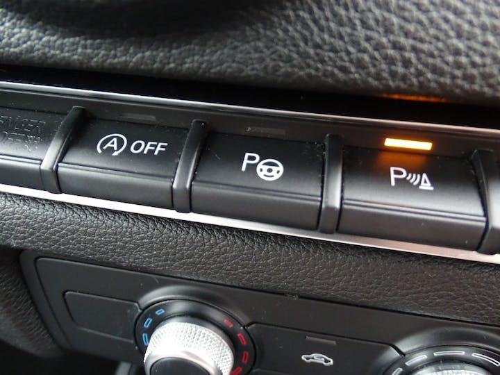 Black Audi A3 TDI SE Technik 2015