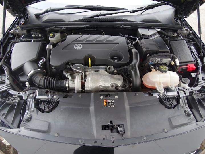 Black Vauxhall Insignia Grand Sport SRi Vx-line Nav 2019