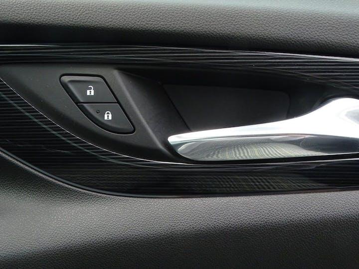 Silver Vauxhall Insignia Sports Tourer Elite Nav 2017