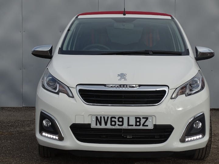 White Peugeot 108 Collection Top 2020