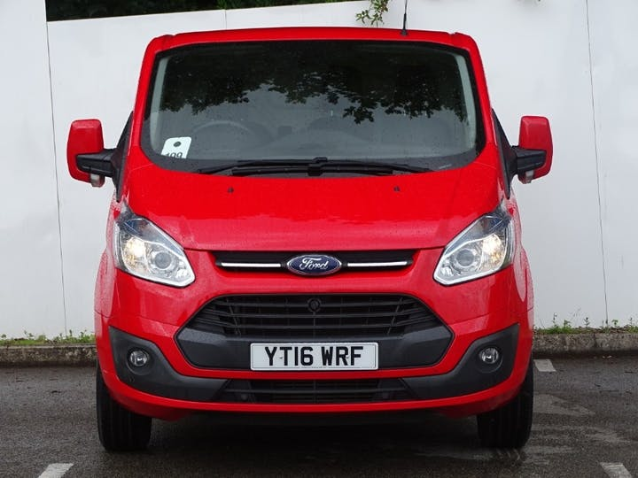 Red Ford Transit Custom 270 Limited Lr P/v 2016