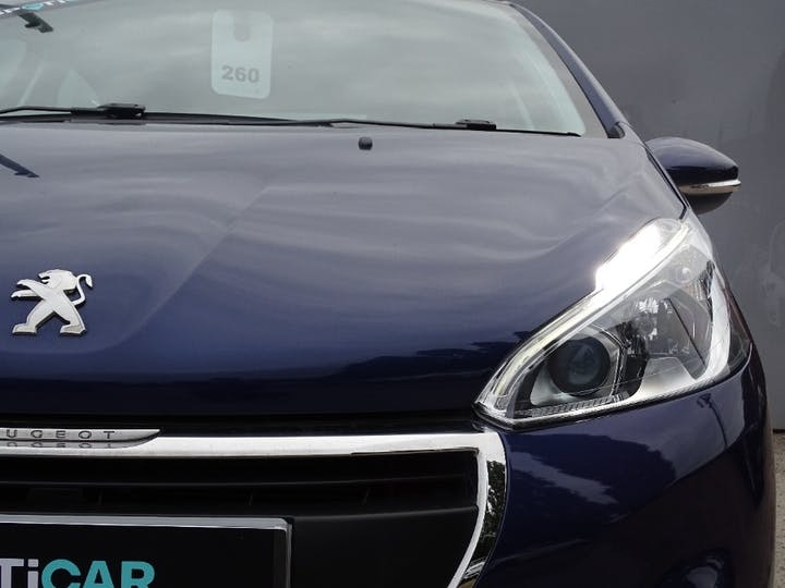Blue Peugeot 208 Active 2017