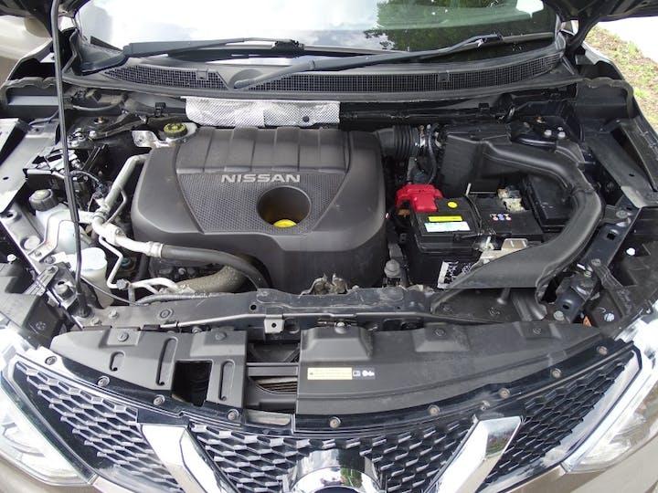Brown Nissan Qashqai DCi Acenta 2016